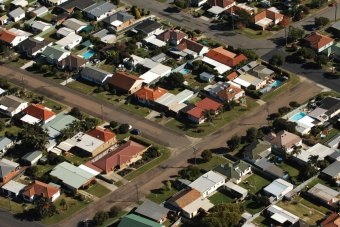 Investor growth again outpaces owner occupiers in property market